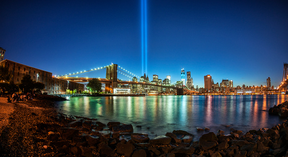 9-11 Memorial: towers of light